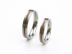 Wedding rings in titanium with wood inlay