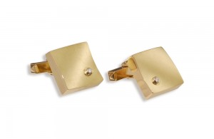 Cuff links in gold