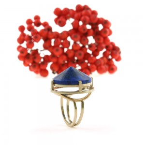 Ring Blue World in goud met Lapis Lazuli