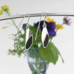 Silver earrings with ebony