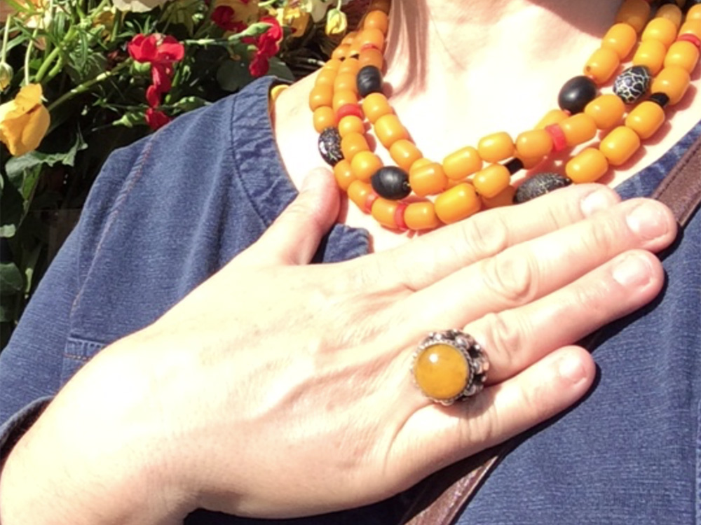 Big Yellow a necklace with yellow beads