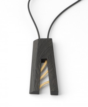Pendant made of ebony and 24 karat gold