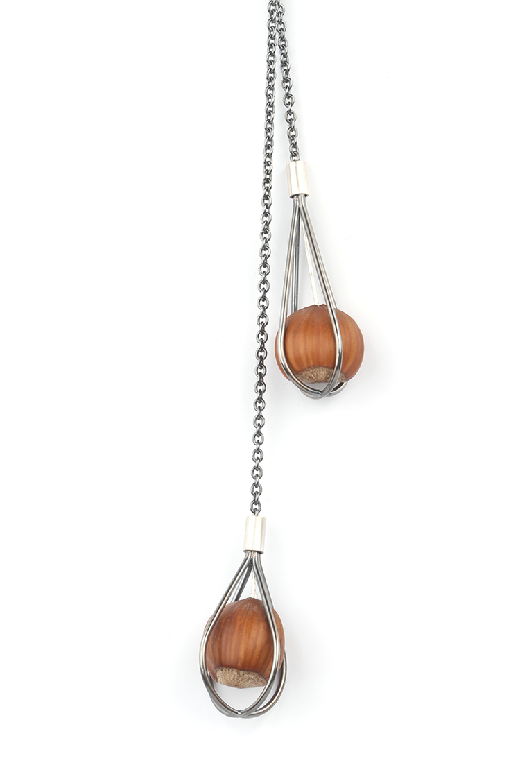Long silver necklace Trapped Hazelnut