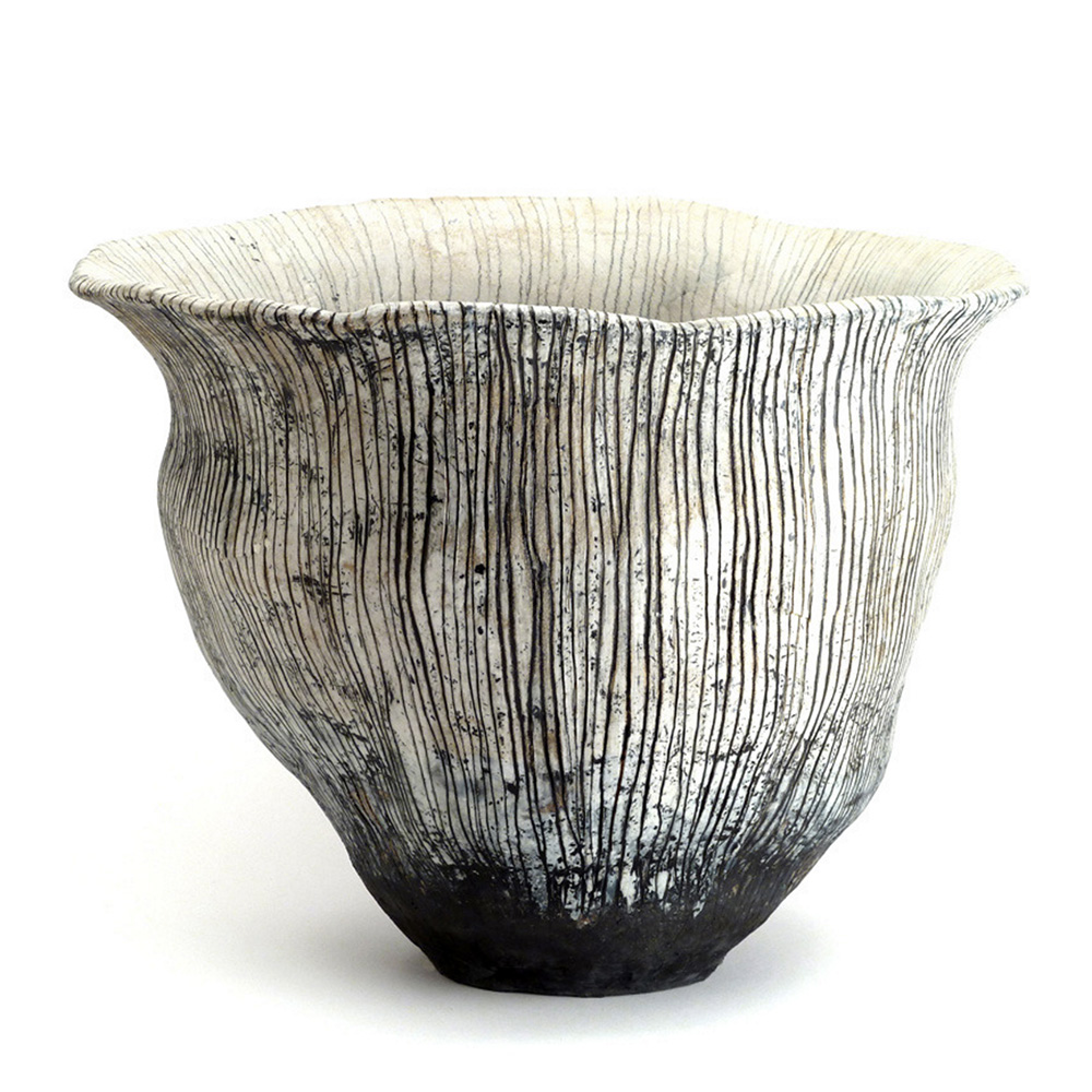 Beautiful patterns and textures in the ceramics of Brenda Holzke