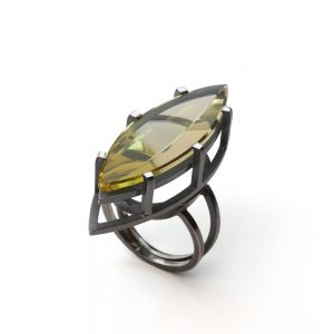 Large silver ring Annabel is made in silver and citrine