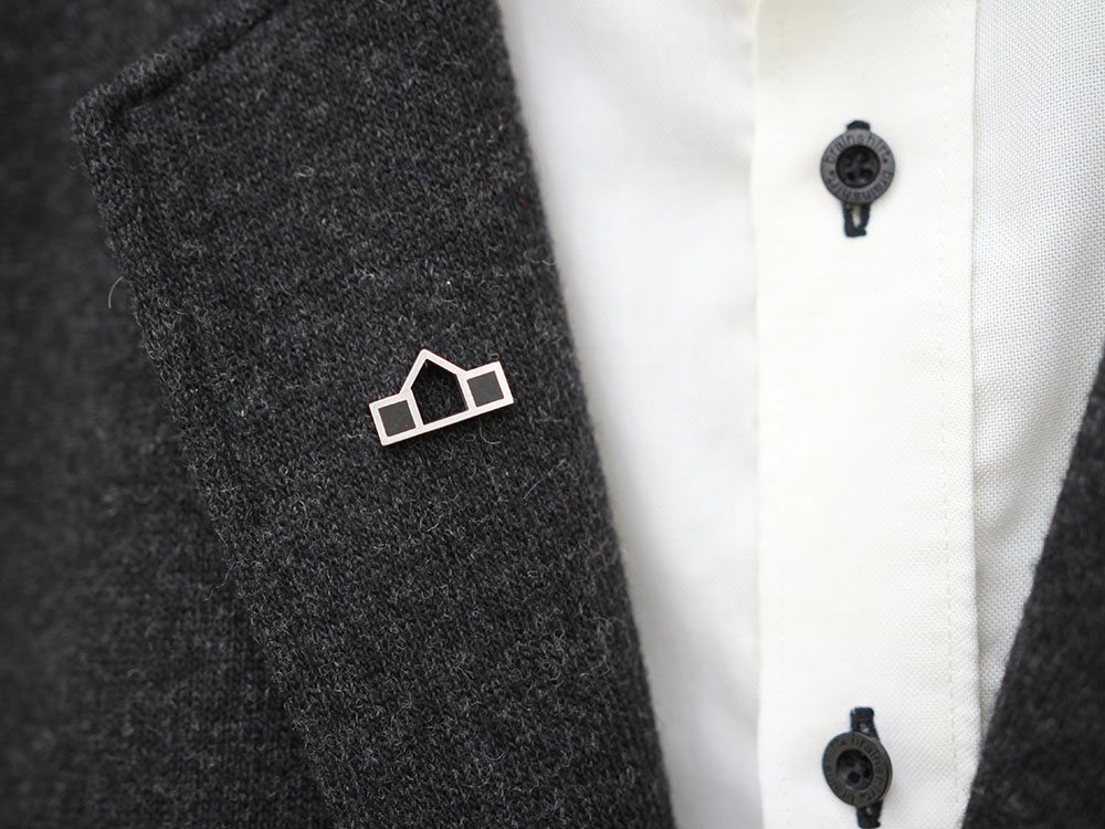 Lapel pin Home in silver