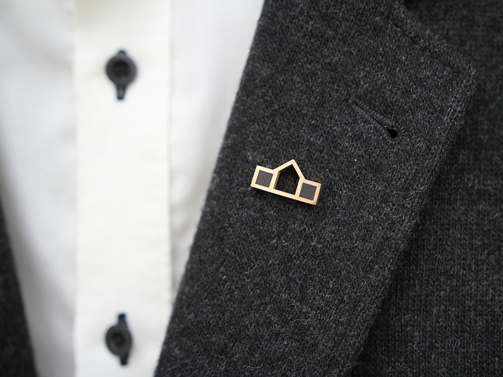 Lapel pin Home
