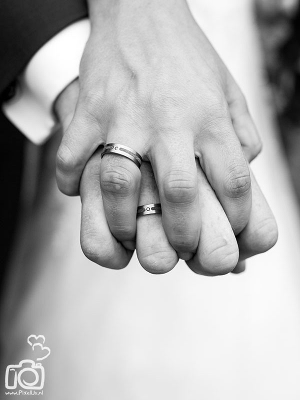 Forever wedding rings