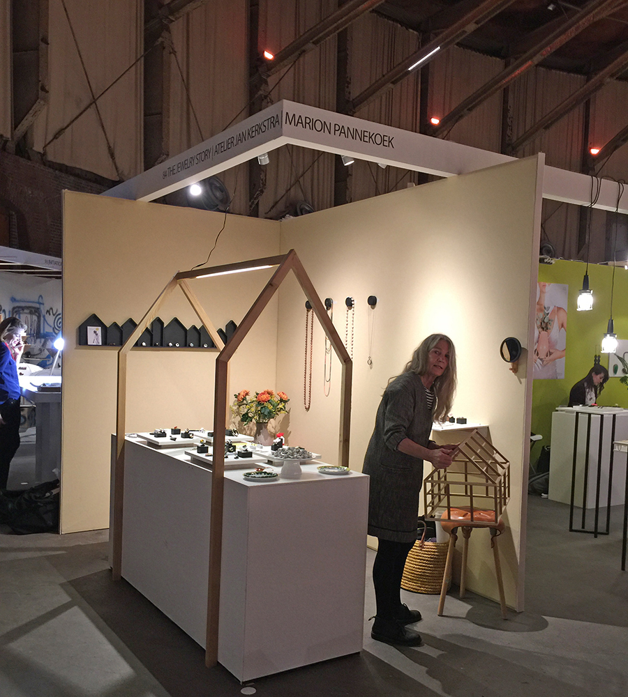 Marion Pannekoek at Sieraad Art Fair 2017