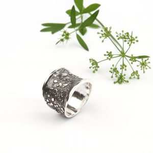 Beautiful wide silver ring