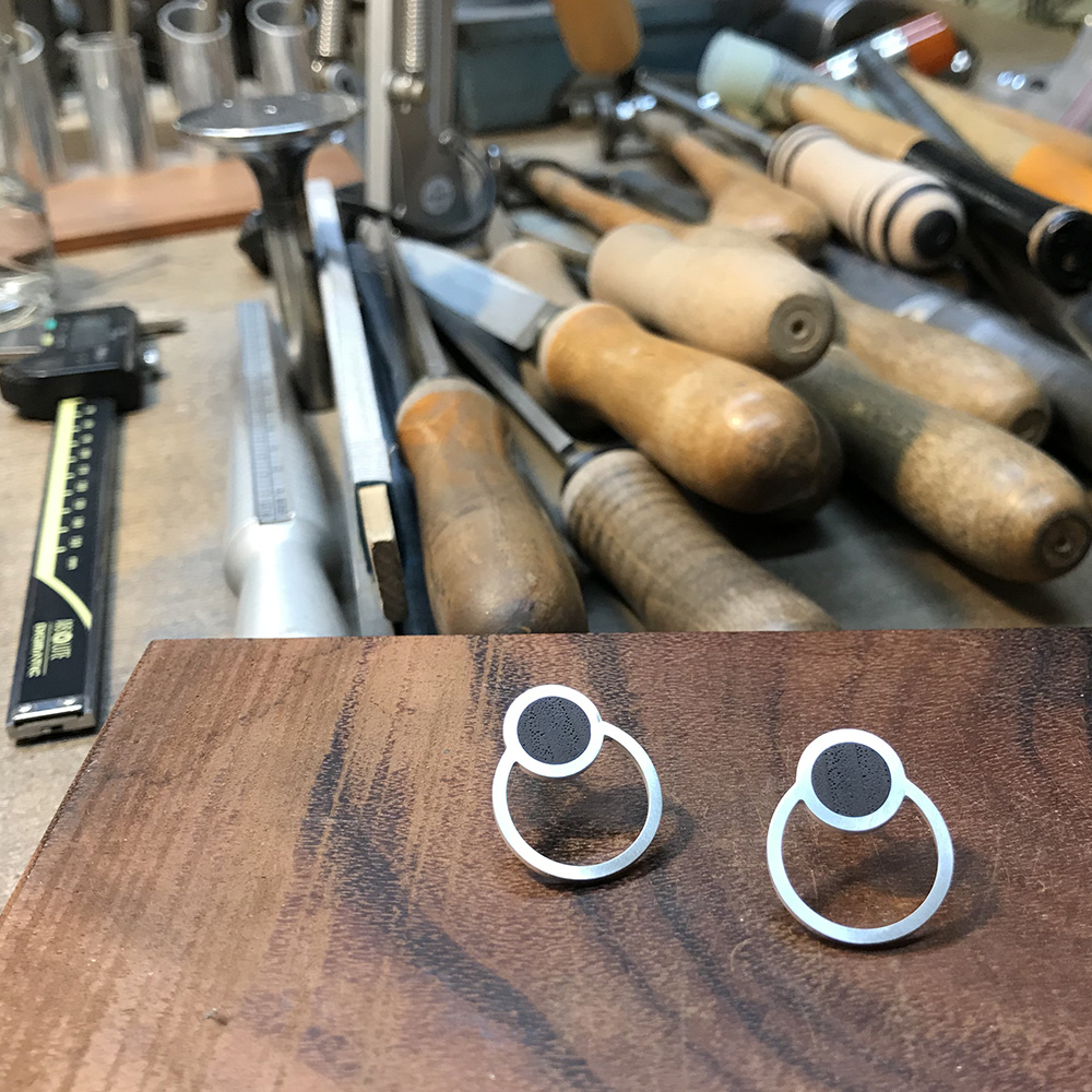 Silver earrings with wood