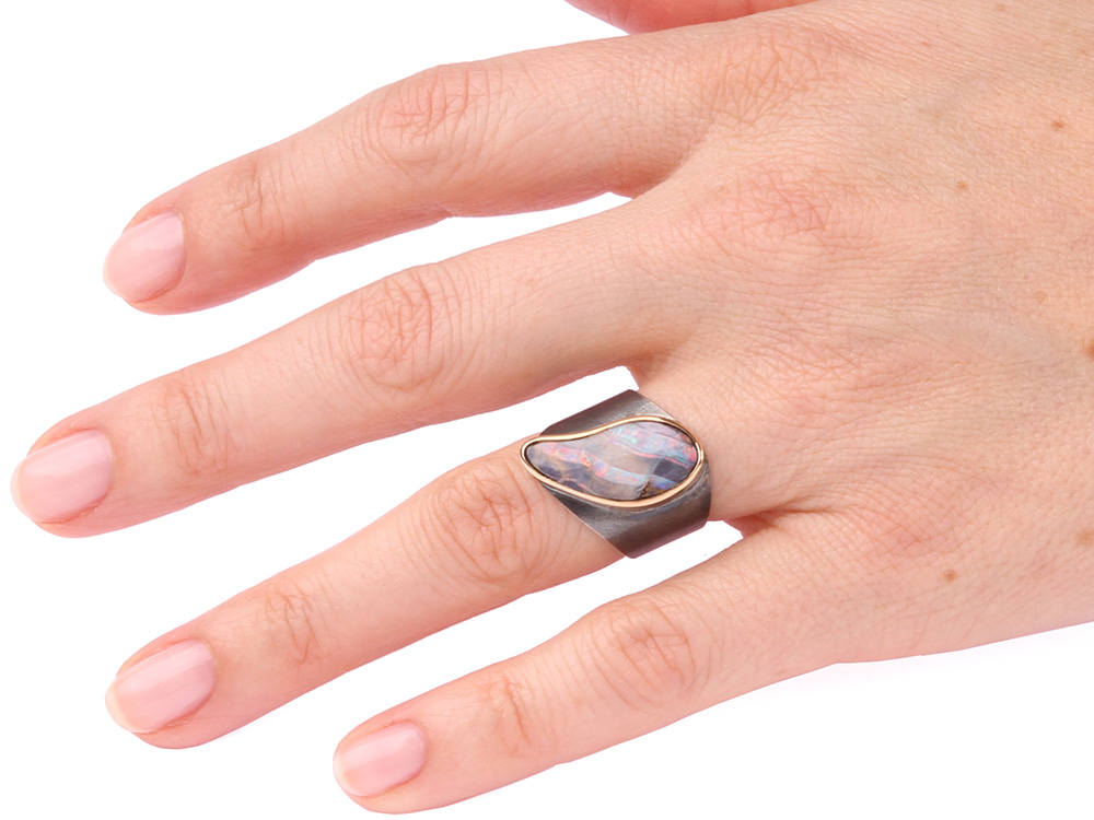 Ring with pink opal