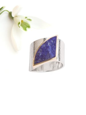 Silver ring with rough Lapis Lazuli