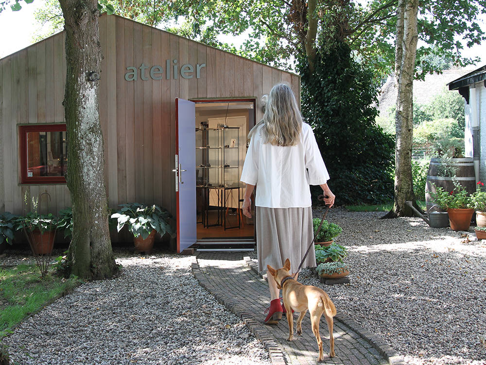 Due to the lockdown our atelier is closed again