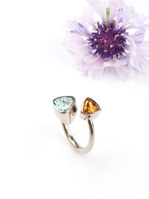 White gold ring with Madeira citrine and a blue tourmaline